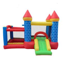 מתנפחים - מתקן שעשועים מתנפח לילדים, בעיצוב של טירה עם חדר קפיצה וסל קליעה