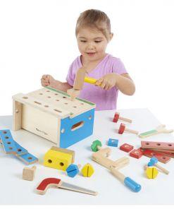 מליסה ודאג - ארגז כלים מעץ כולל 5 כלים מעץ ו 26 כלי בנייה