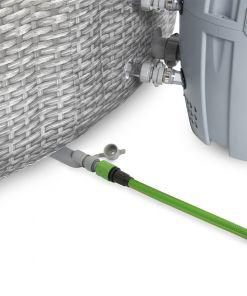 מתנפחים, מערכת ספא מתנפחת מדגם Bestway 54174 HONOLULU הכוללת זוג מסננים, מצוף לכימיקלים וכיסוי מתנפח.