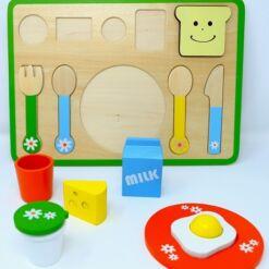פאזל ארוחת בוקר מעץ לילדים - משחק התפתחות לילדים הכולל 13 חלקים, לפיתוח תיאום עין ויד.