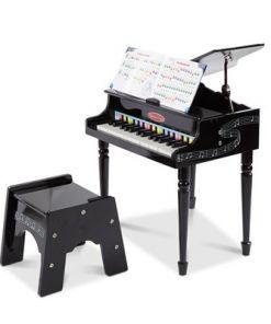 מליסה ודאג - פסנתר כנף קלאסי מבית מליסה ודאג