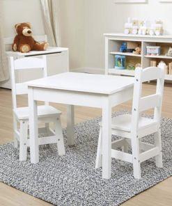 מליסה ודאג - סט שולחן וכיסאות מעץ לילדים